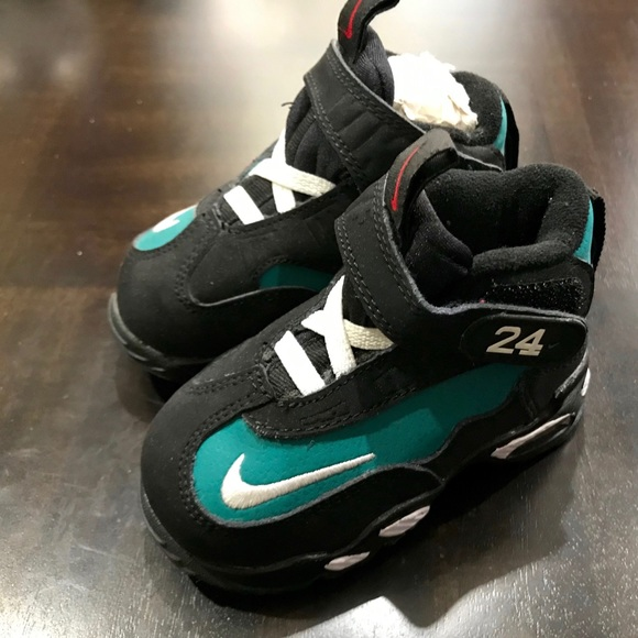 save off f40f9 11b68 Nike Air Griffey Max 1 Toddler sneakers Size 4.5